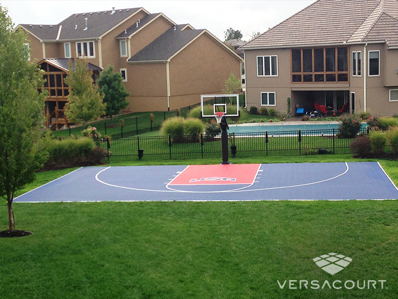 Im genes de canchas de b squetbol de versacourt for Home basketball court cost